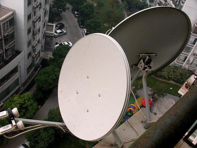 Если очень хочется смотреть цифровые каналы, но нет возможности, подключите спутниковое ТВ